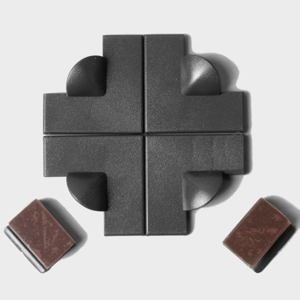 DIY Magnetic Flyscreens - Black Frame 1