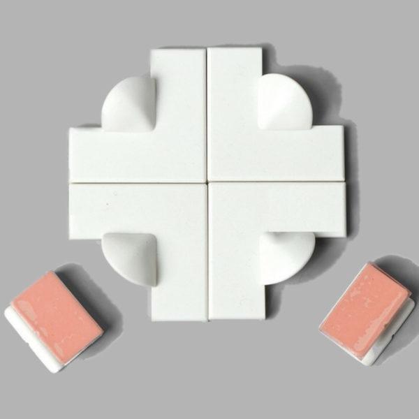 Extra Corner Pieces Set (x4 Corners | x2 Wind Clips) 1